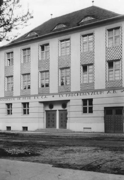 Liceul de fete EV C, fotografie din anii '30