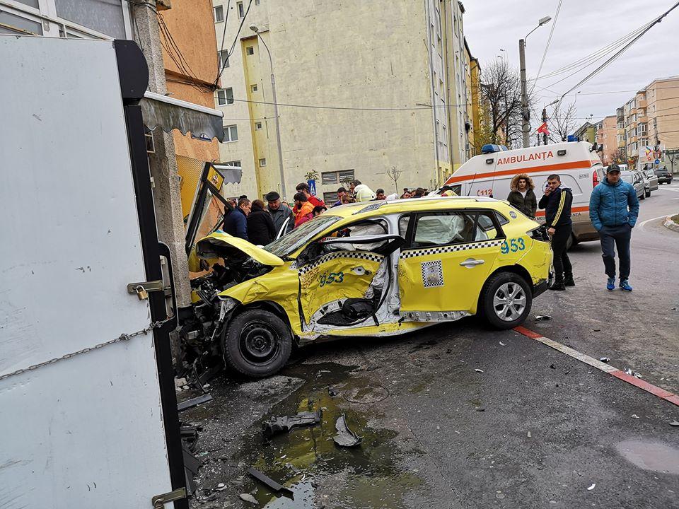 accident semaforului (3)