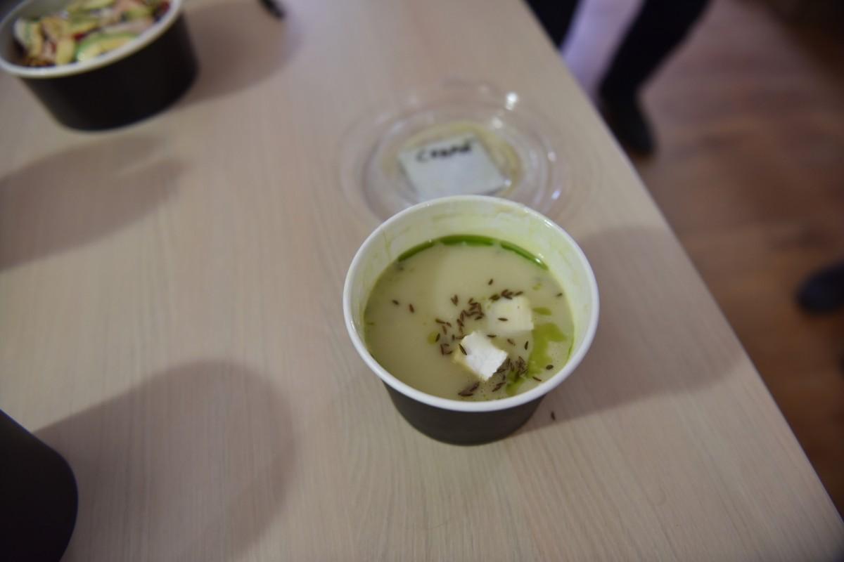 Supă cremă de ceapă cu cremă de brânză