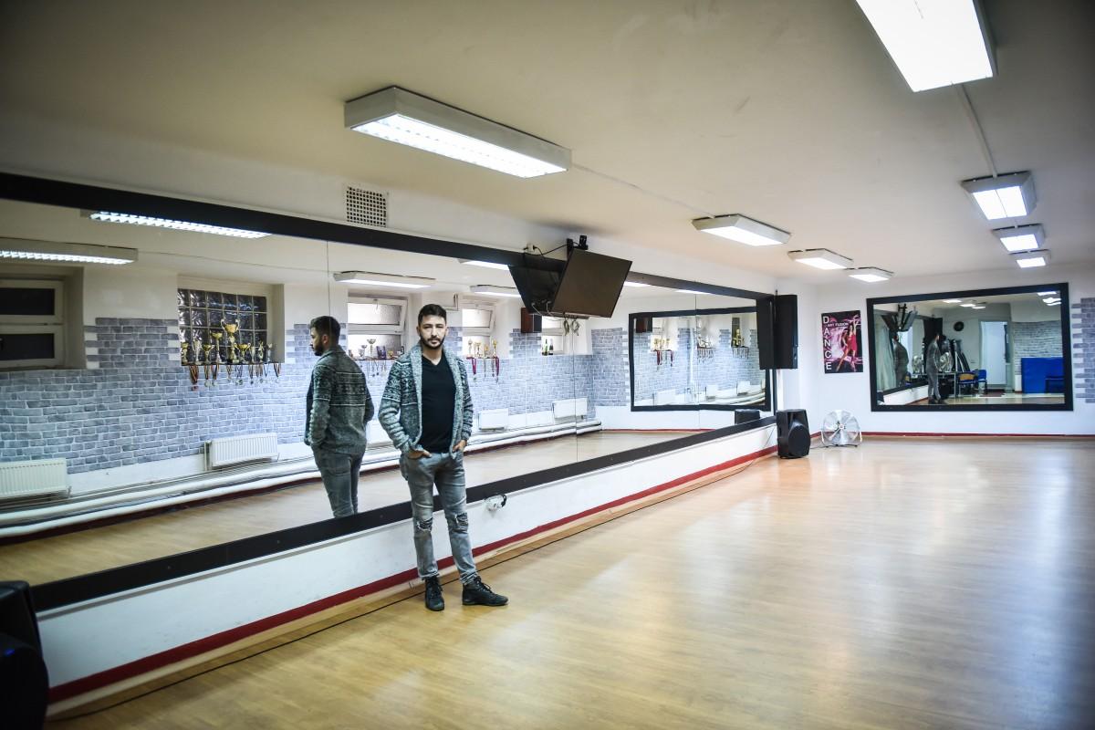 mici afaceri studio dans (1)