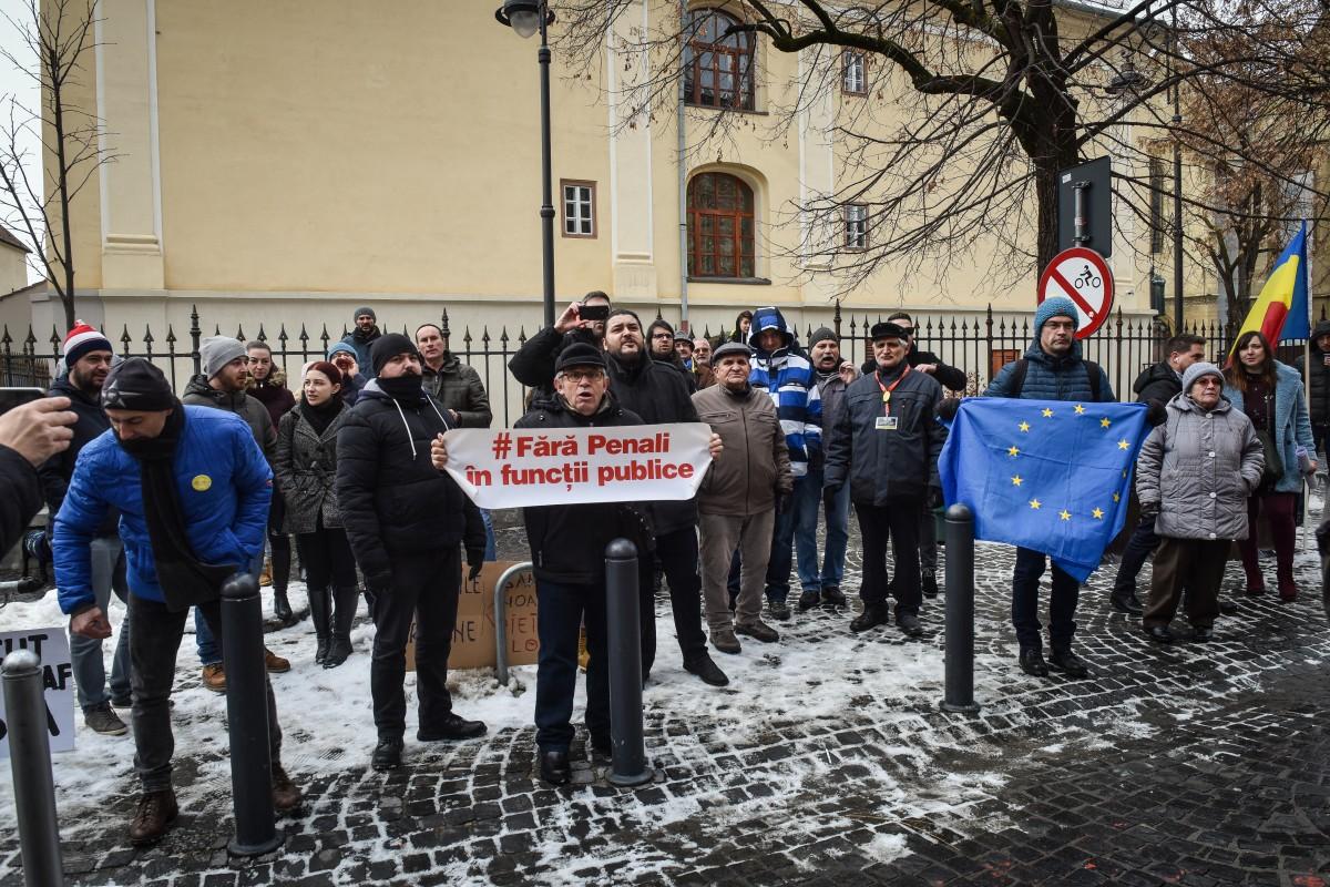 Protestul celor de la Vă Vedem a continuat pe toată durata conferinței celor de la PSD