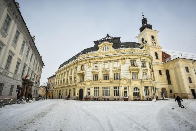 primarie piata mare iarna zapada sibiu (4)