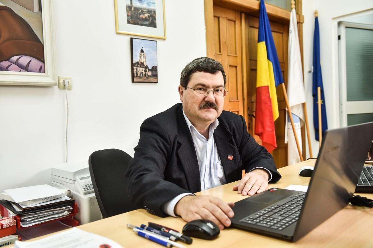 Liviu Ion Rosca decan inginerie (6)
