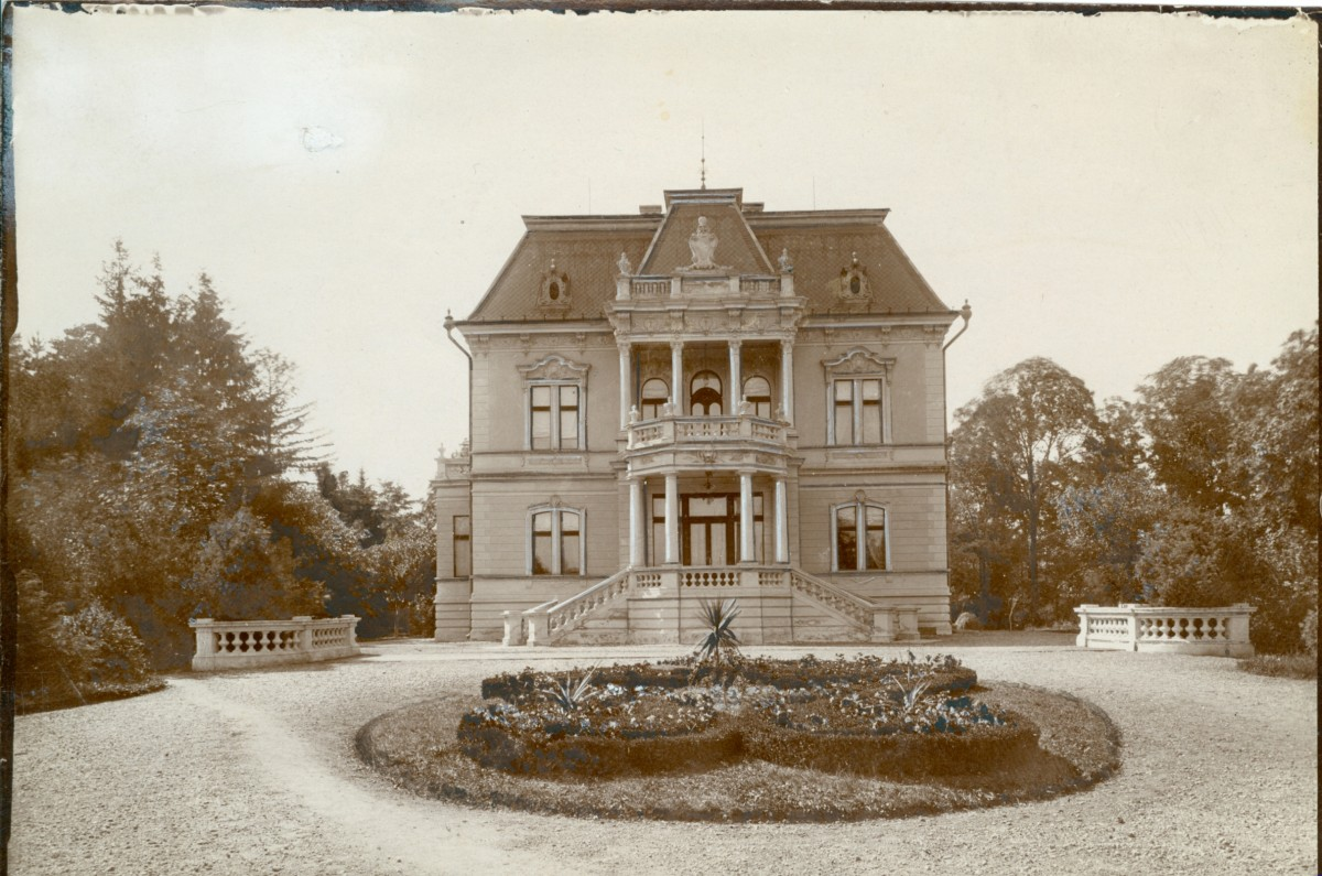 foto: Vila Mitropolitană din Sibiu; Biblioteca Digitală a ULBS; 1930