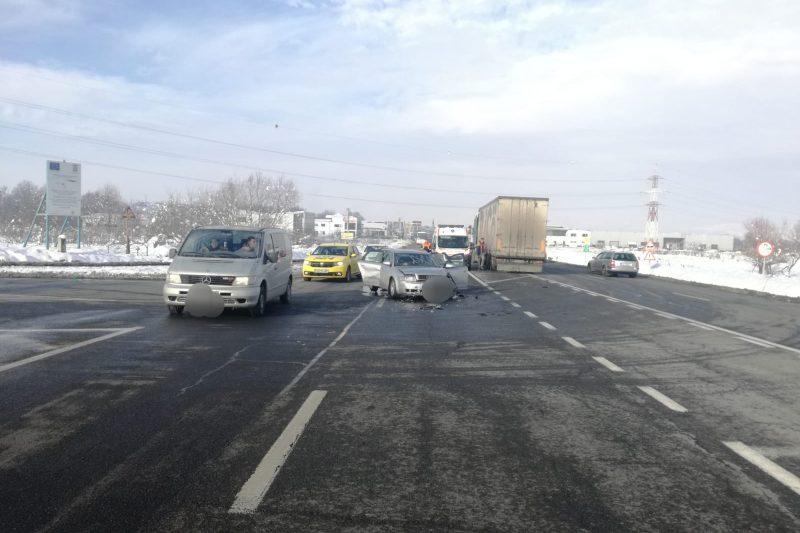 accident-DN1-masina-cu-TIR-1-800x533