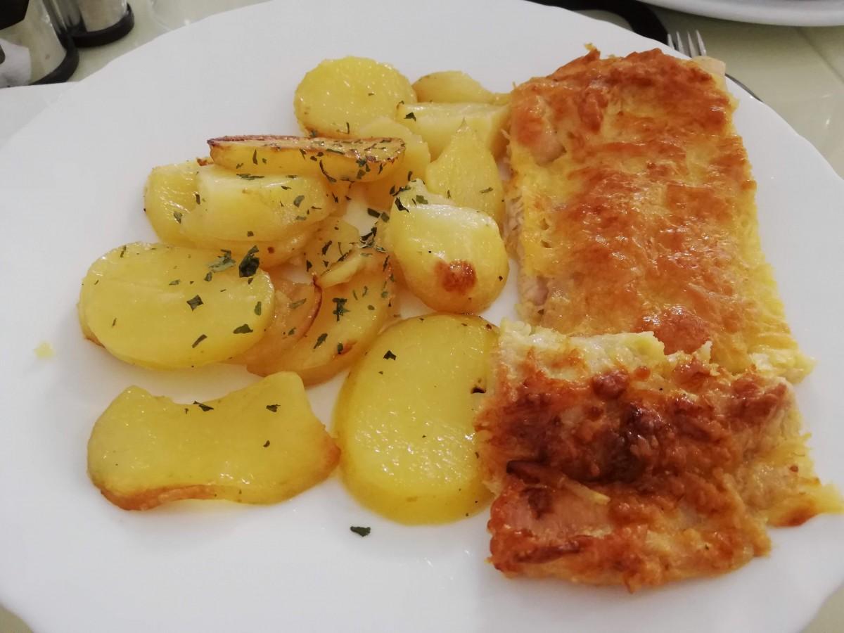 cantina cartofi snitel