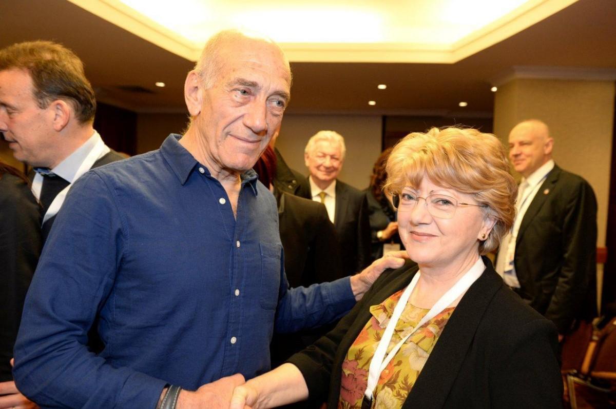 Primarul Astrid Fodor împreună cu fostul Prim-Ministru al Israelului, dl Ehud Olmert