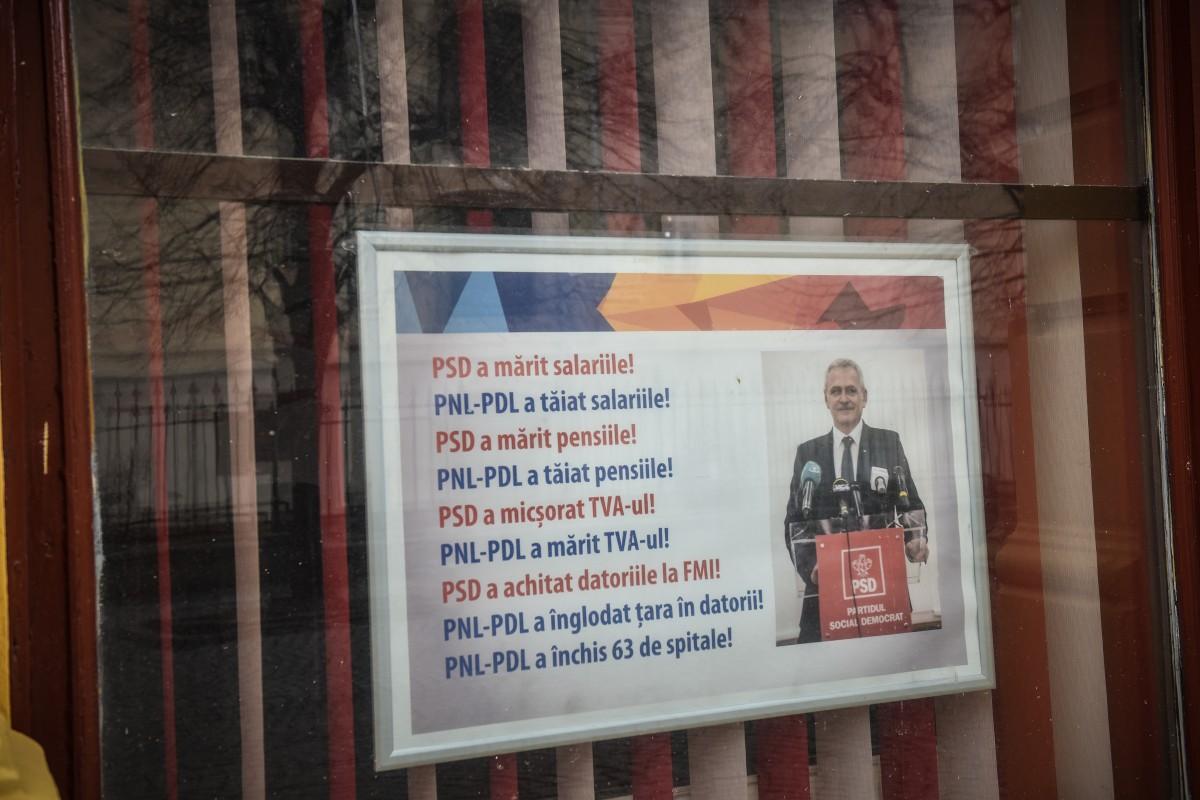 Afișul cu Liviu Dragnea a fost scos din vitrinele sediului PSD Sibiu