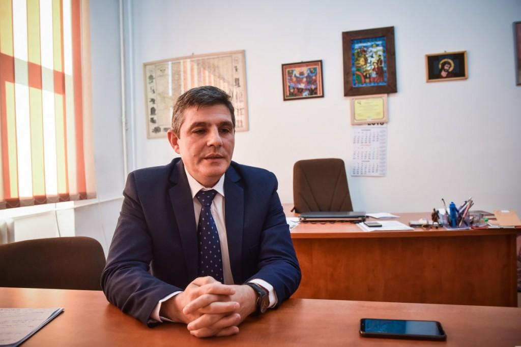 decan Sorin Radu facultatea de stiinte socio umane (1)