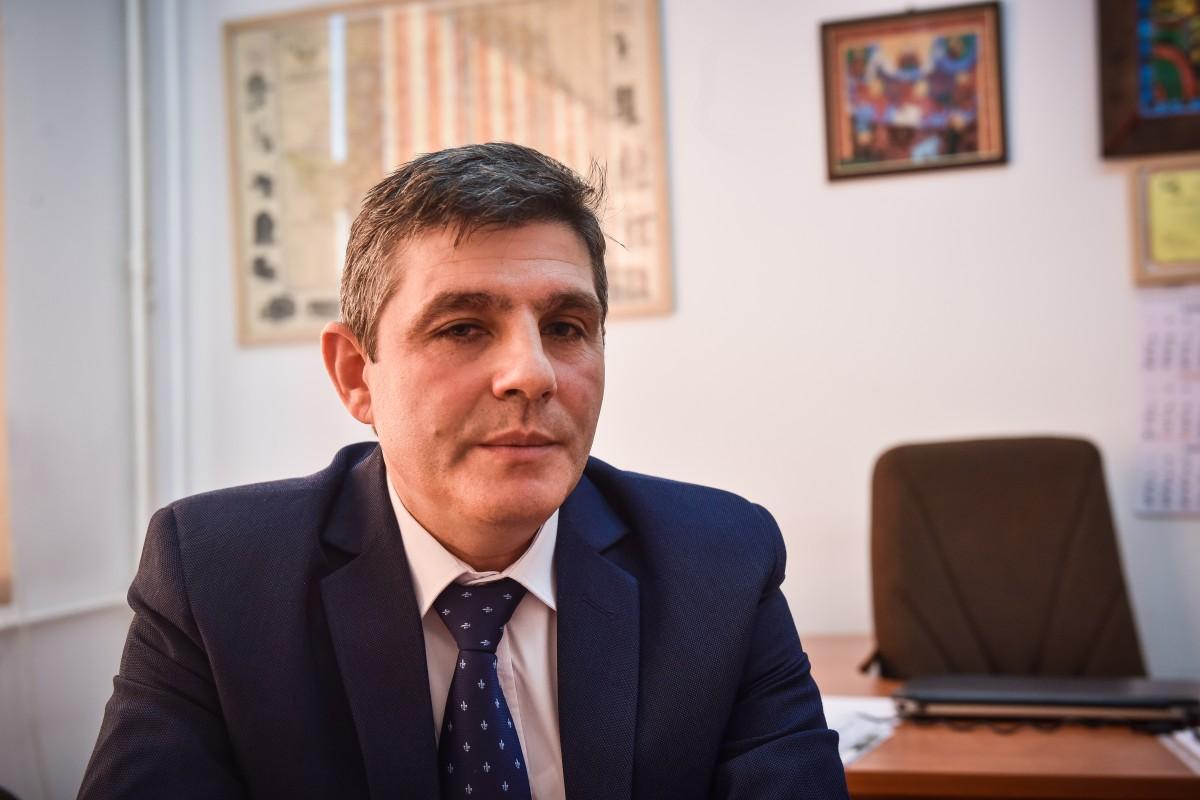 decan Sorin Radu facultatea de stiinte socio umane (2)