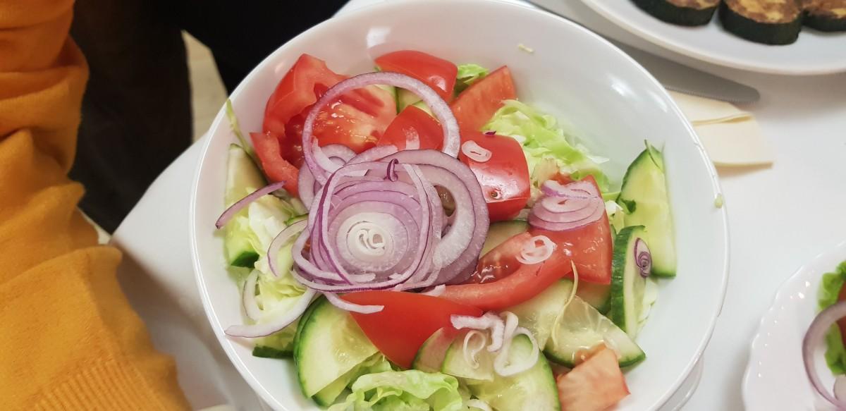 Salata care a însoțit platoul Akropolis