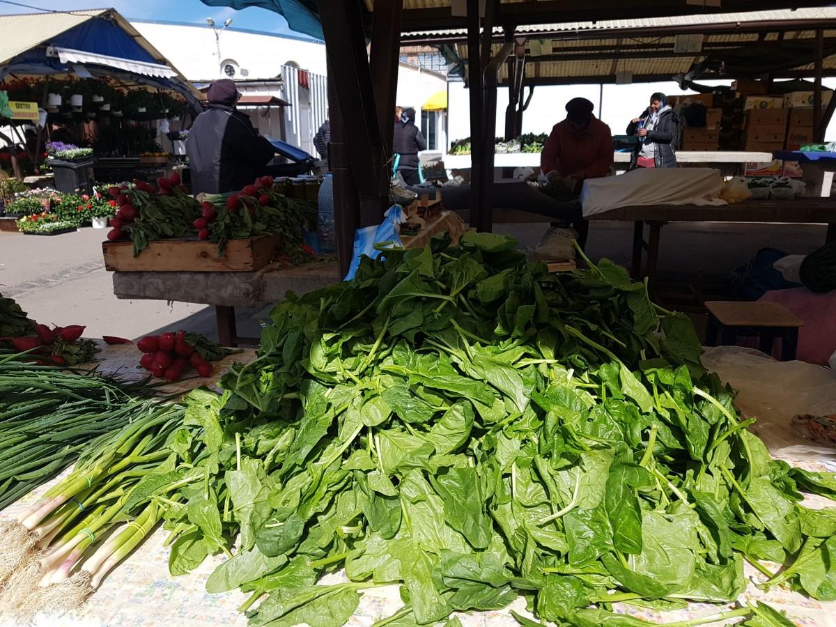 spanac piata legume 1
