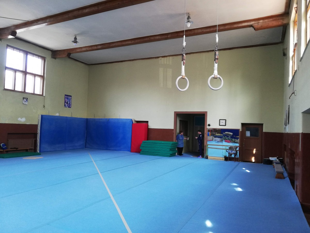clubul sportiv scolar sala gimnastica baieti 3