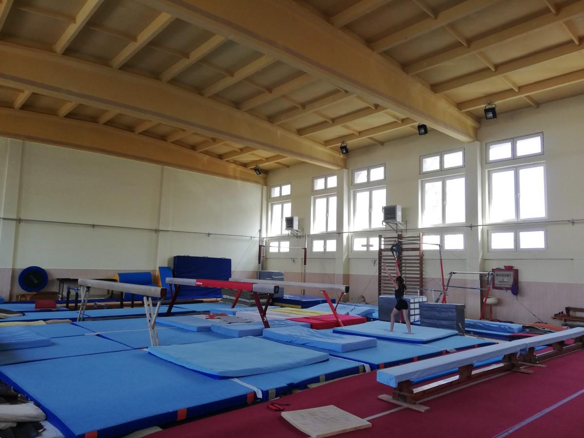 Sala de gimnastică pentru fete