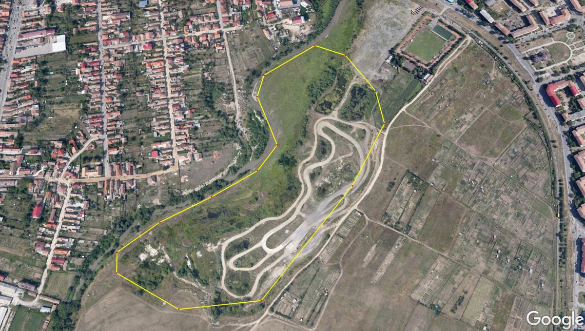 """""""Delta noastră"""" din Sibiu acoperă o suprafață de aproximativ 13 ha, cu tot cu circuitul auto amenajat aici"""