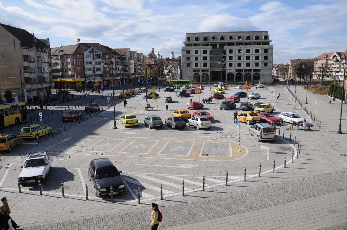 Sub Piața Gării este promisă o parcare subterană. Poate anul acesta vor începe lucrările