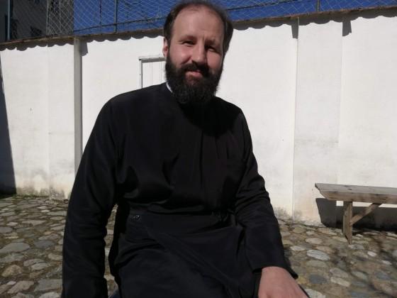 preotul din Gusterita Alexandru Ionita
