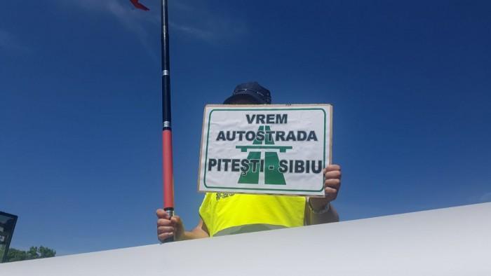 protest autostrada pitesti sibiu