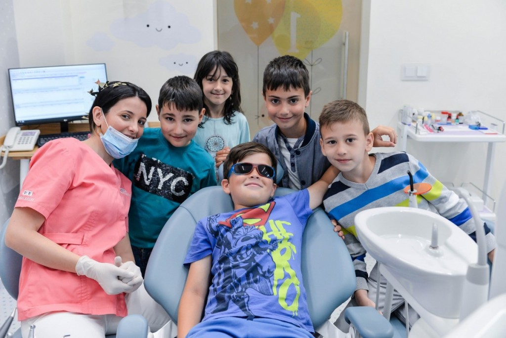 Dent Estet 4 Kids Sibiu_cabinet