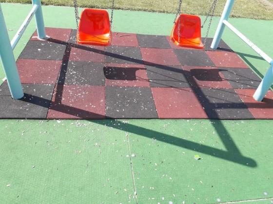 loc joaca vandalizat ucos 1