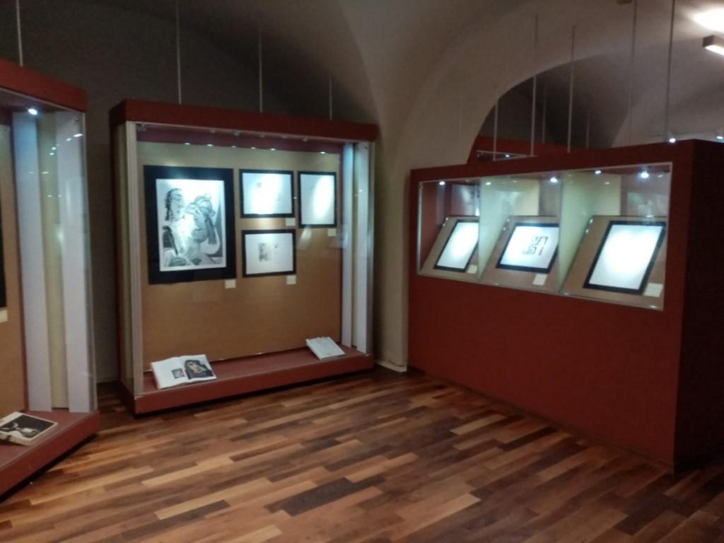 muzeul-brukenthal-expozitie-arta-de-a-darui 1