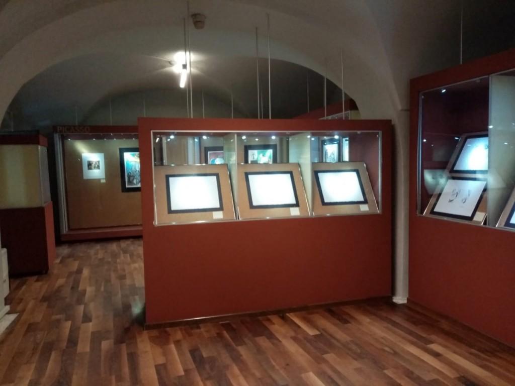muzeul-brukenthal-expozitie-arta-de-a-darui 3