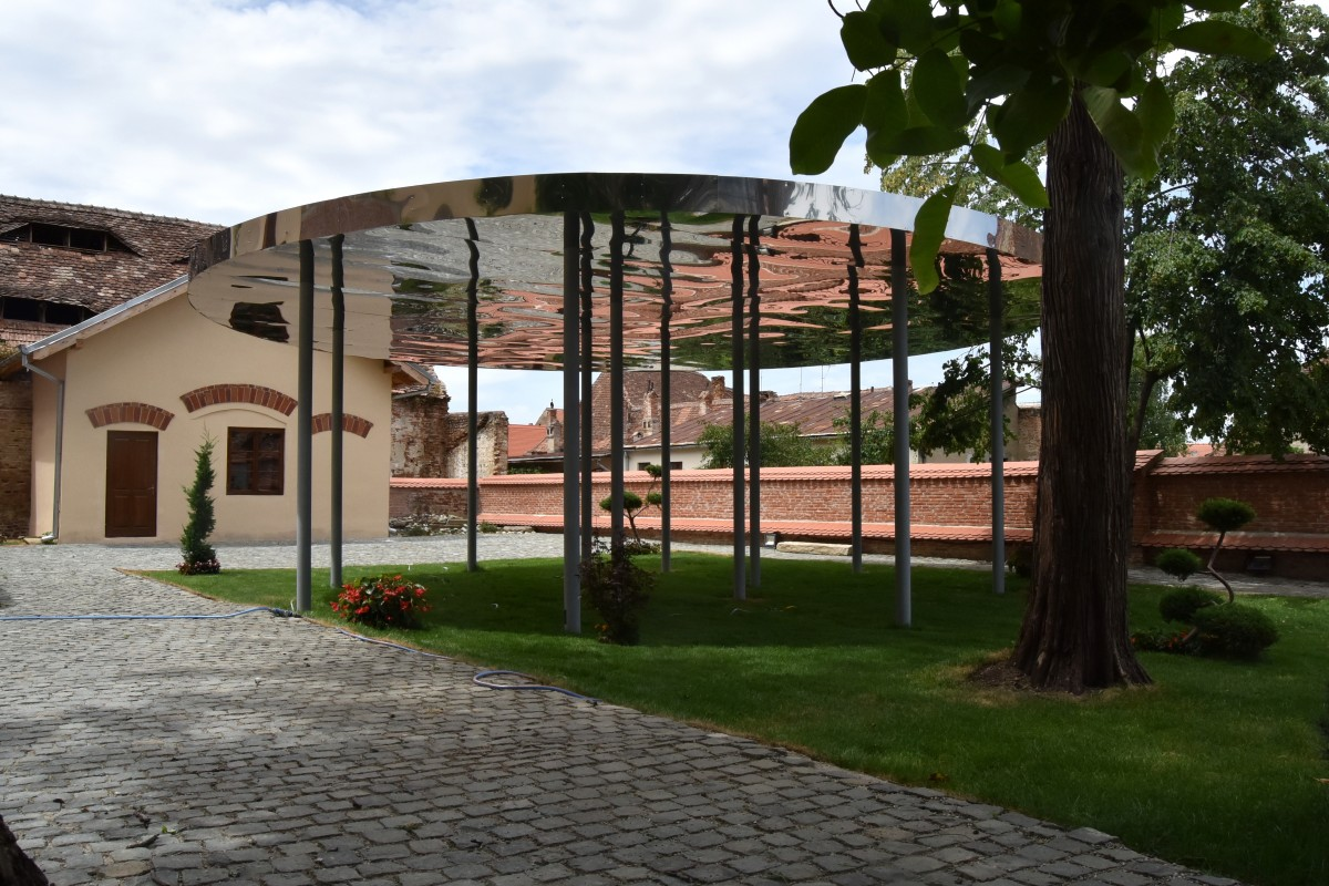 pavilion therme 4