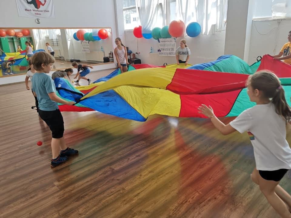 sursa: Sibiu Dance Academy