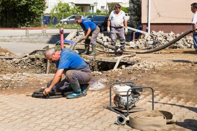 interventie apa canal inundatie (2)