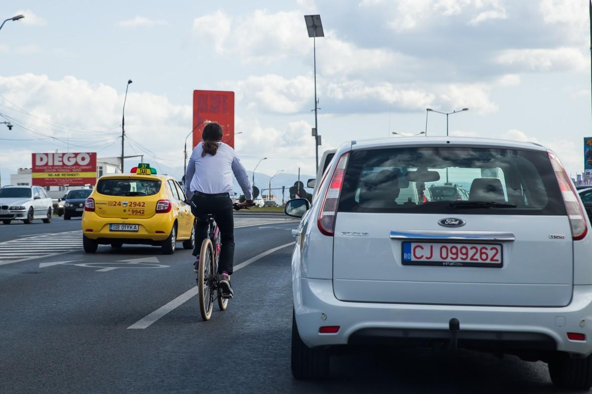 circulatie transport bicicleta autobuz trotineta masina (68)