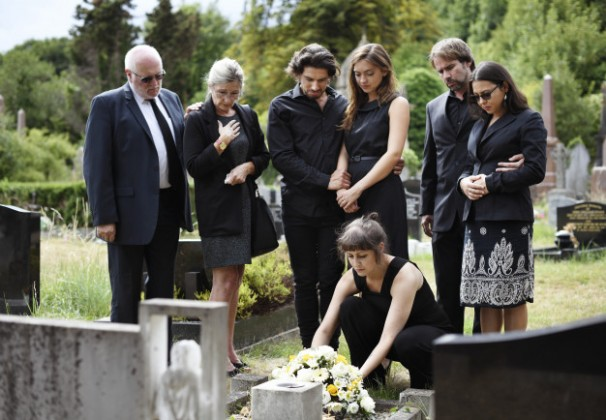servicii funerare sector 2