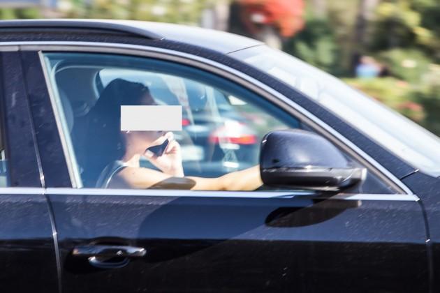 telefon la volan sofer sms trafic (11)