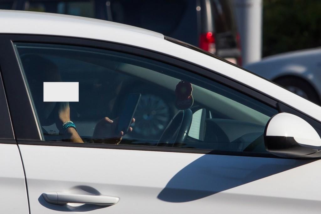 telefon la volan sofer sms trafic (20)