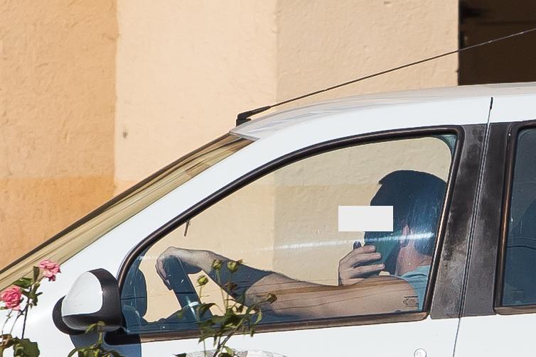 telefon la volan sofer sms trafic (7)