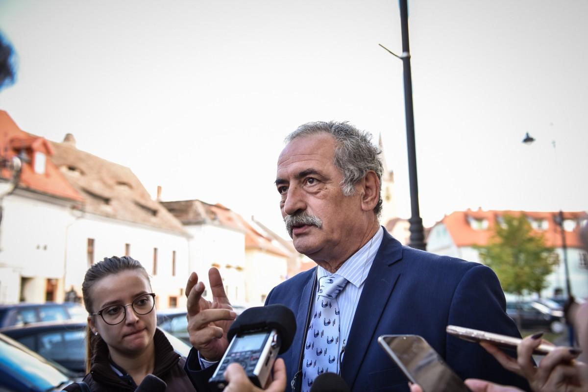 Adrian Izvoranu, directorul Casei Romane de Comert Agroalimentar Unirea (2)
