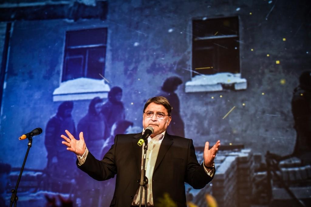 Gala de deschidere - Emil Hurezeanu