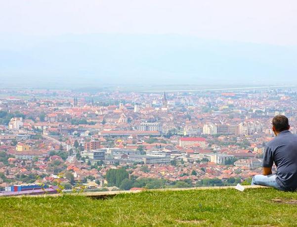 Amenajarea zonei de belvedere din dealul Gușteriței