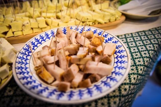 mancare produse locale slanina branza (25)