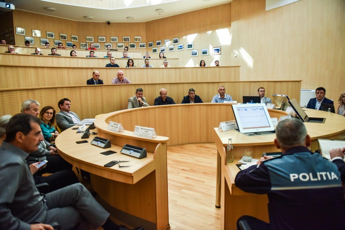 dezbatere cartierul arhitectilor DJ 106 C (3)