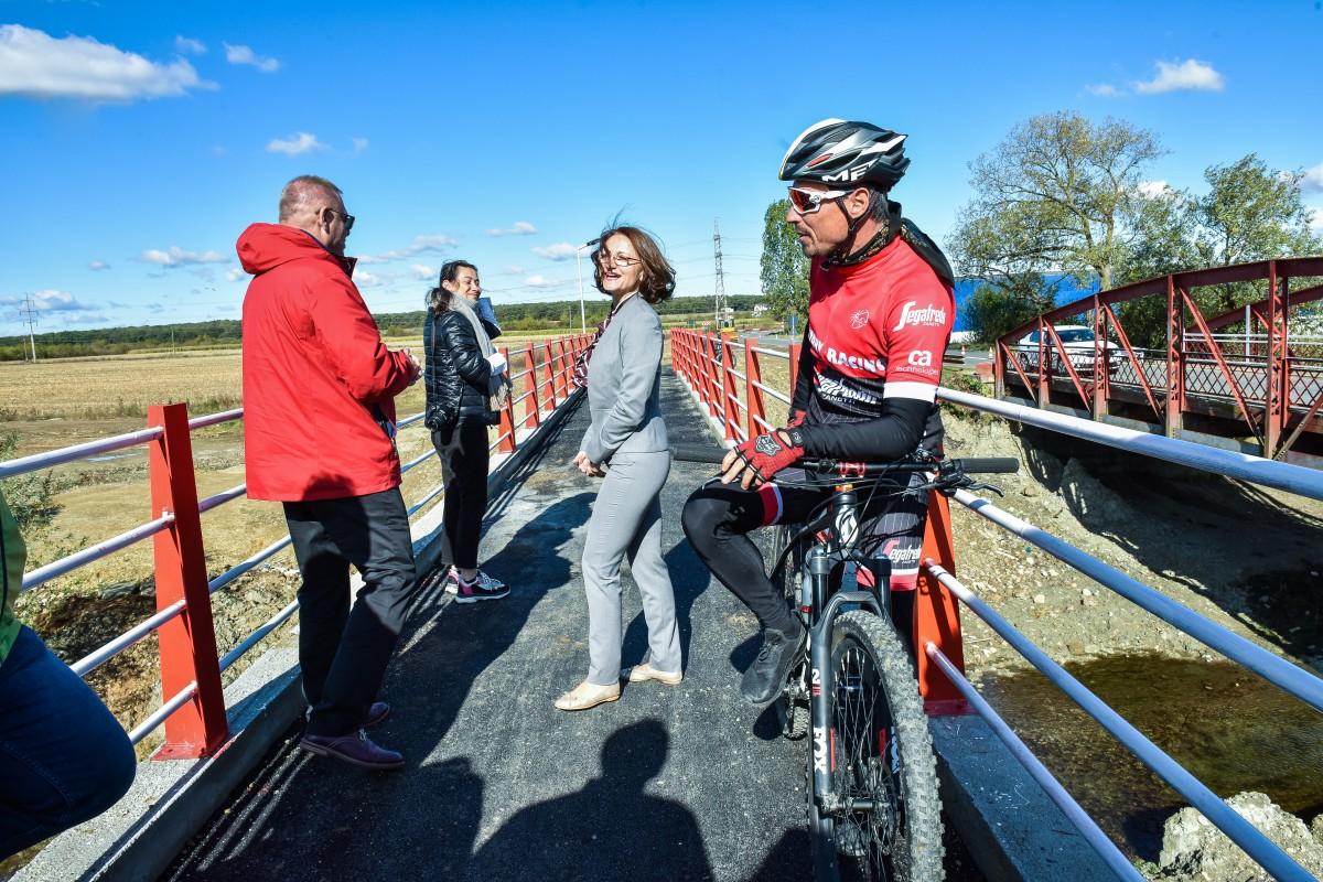 huja si cimpean pista bicicleta cisnadie (1)