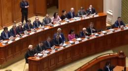 motiune-de-cenzura-a-inceput-sedinta-motiunii-320-de-parlamentari-prezenti-in-parlament-619018
