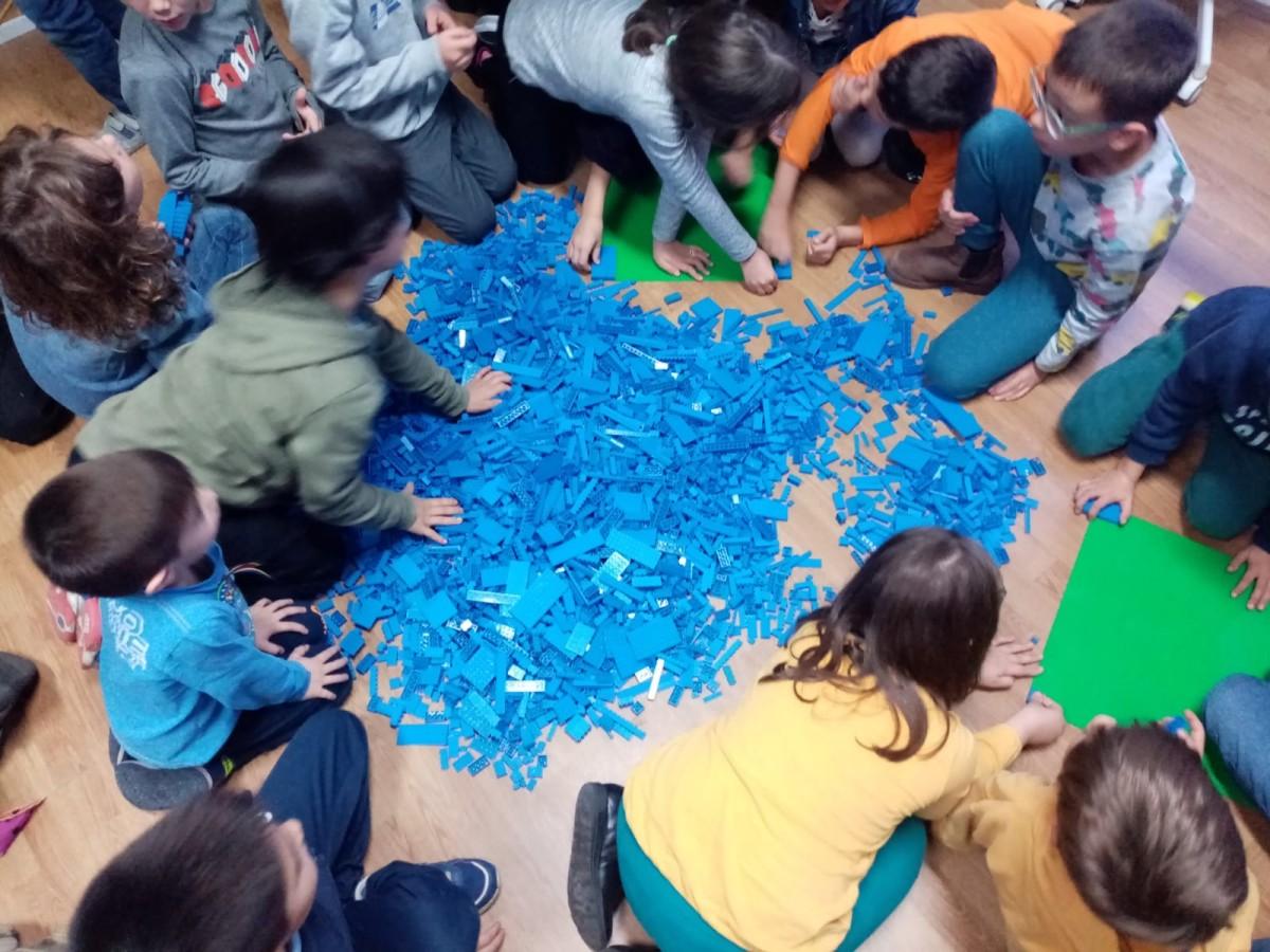 steag lego stiintescu hub (7)