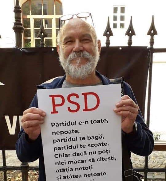 """În reîntoarcerile sale la Sibiu, Mircea Bozan nu a ratat participarea la protestele """"Vă vedem"""""""