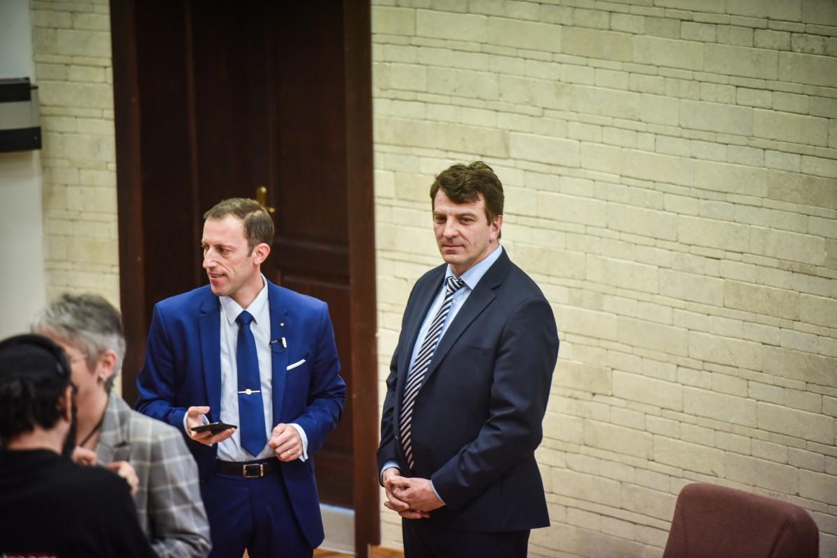 Mihaescu si Tiplic dezbatere alegeri ULBS (10)