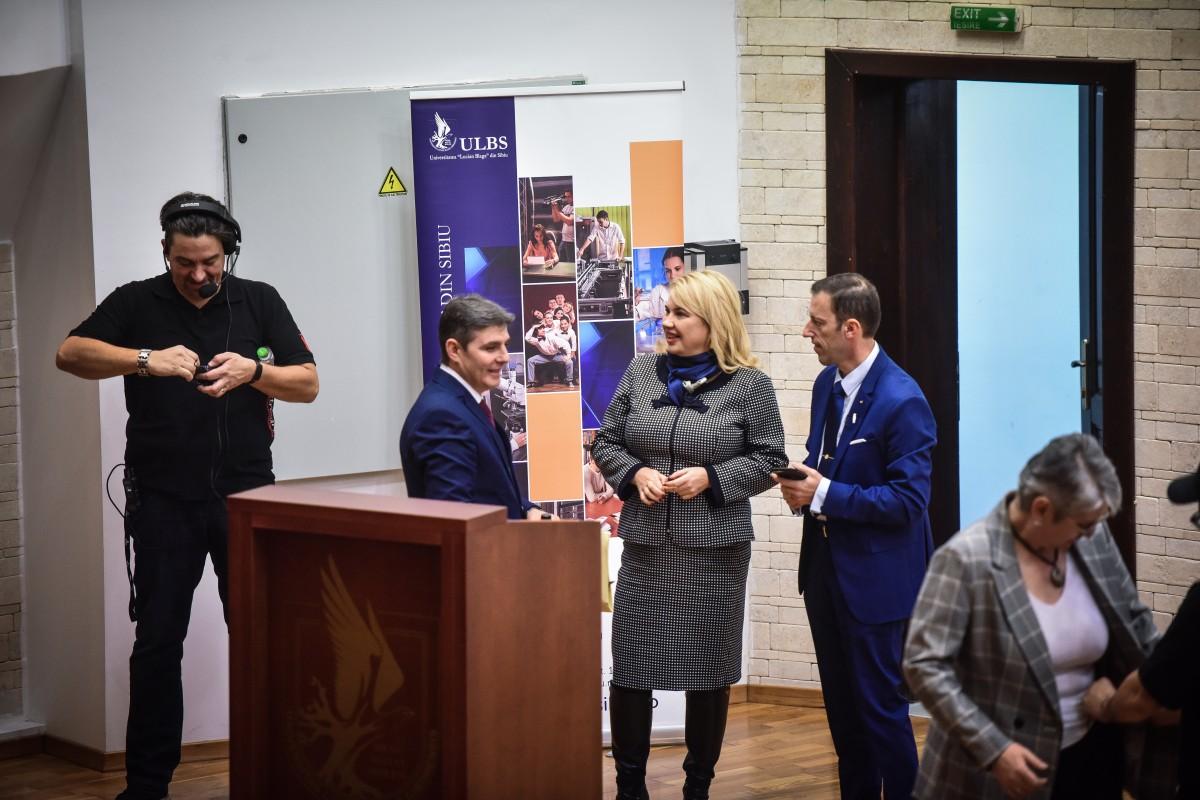 Sorin Radu, Dana Preda, Tiplic dezbatere alegeri ULBS (5)