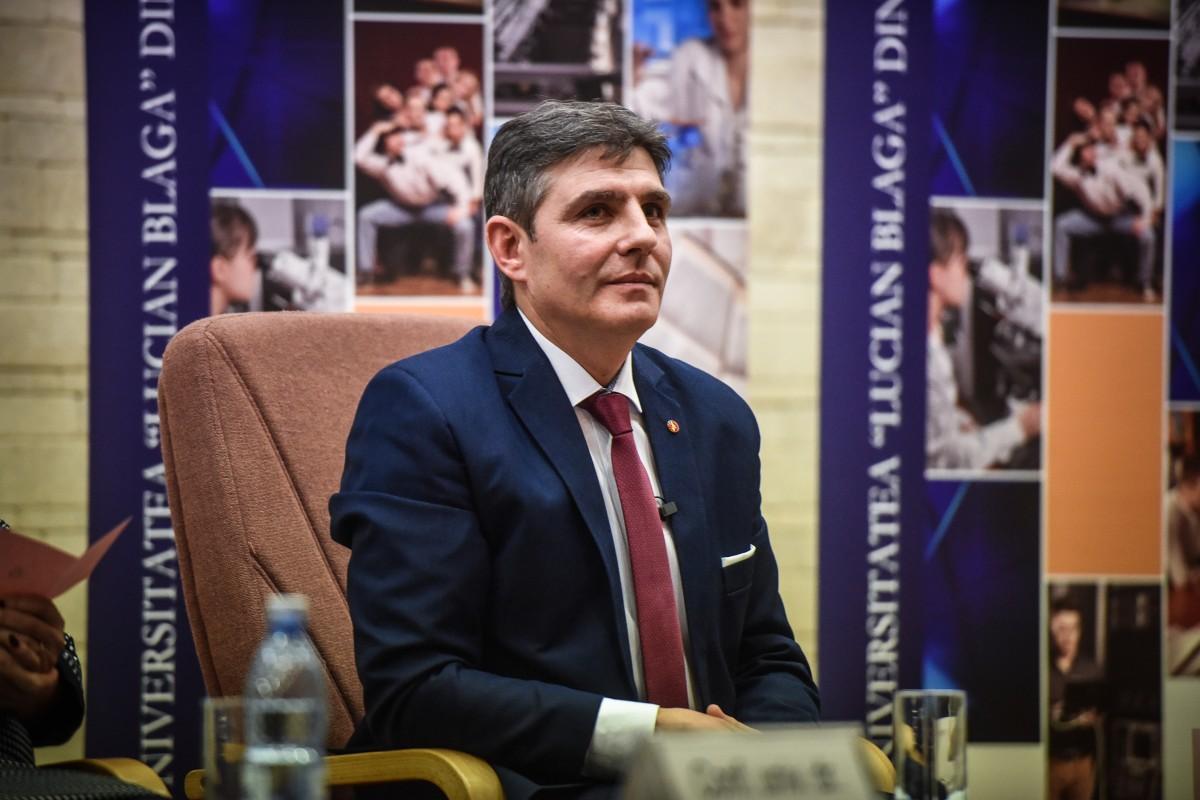 Sorin Radu dezbatere alegeri ULBS (49)