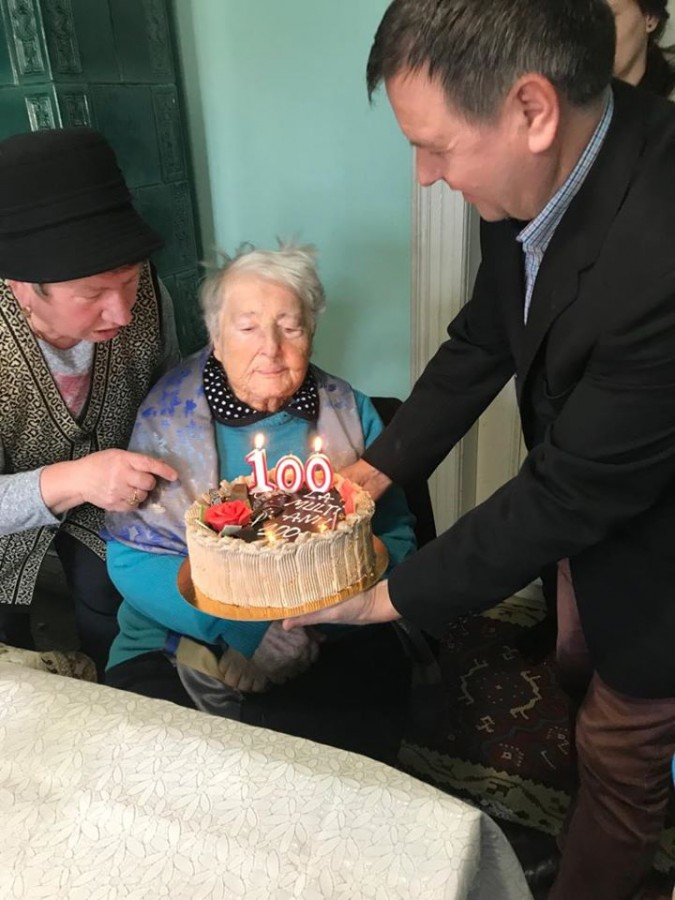 Batranica 100 de ani 2