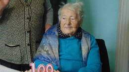 Batranica 100 de ani 5