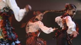 In pasi de flamenco cu Las Turroneras