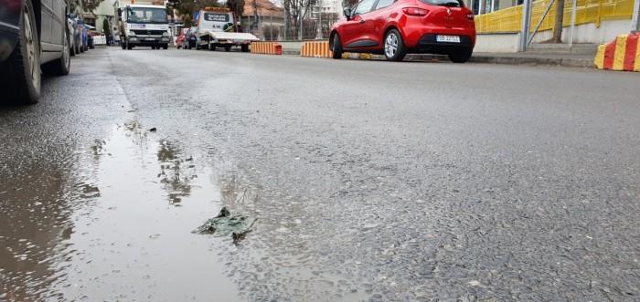 asfalt murdar ud